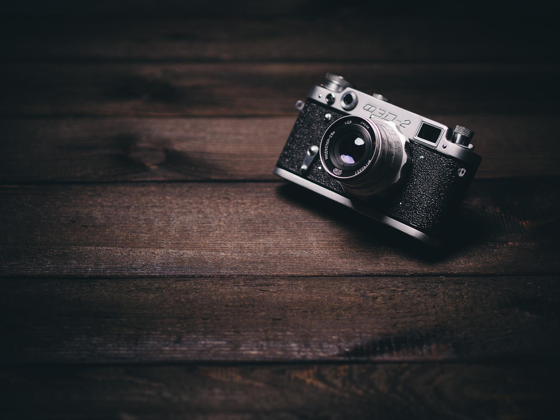camera-820018_1920